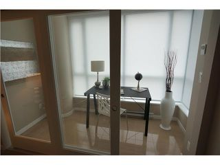 """Photo 4: # 904 833 SEYMOUR ST in Vancouver: Downtown VW Condo for sale in """"CAPITOL RESIDENCES"""" (Vancouver West)  : MLS®# V1022417"""