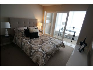"""Photo 3: # 904 833 SEYMOUR ST in Vancouver: Downtown VW Condo for sale in """"CAPITOL RESIDENCES"""" (Vancouver West)  : MLS®# V1022417"""