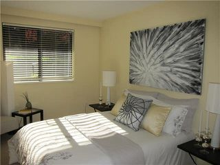 "Photo 6: 101 777 W 7TH Avenue in Vancouver: Fairview VW Condo for sale in ""THE 777"" (Vancouver West)  : MLS®# V1075283"