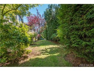 Photo 19: 2 4619 Elk Lake Drive in VICTORIA: SW Royal Oak Townhouse for sale (Saanich West)  : MLS®# 340797