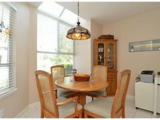"""Photo 2: 146 15550 26TH Avenue in Surrey: King George Corridor Townhouse for sale in """"Sunnyside Gate"""" (South Surrey White Rock)  : MLS®# F1419157"""