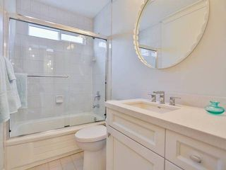 Photo 14: # 38 889 TOBRUCK AV in North Vancouver: Hamilton Condo for sale : MLS®# V1108734