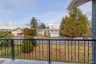 Photo 3: 5540 FOREST STREET in Burnaby: Deer Lake Place House for sale (Burnaby South)  : MLS®# R2032958