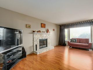 Photo 4: 19566 PARK ROAD in Pitt Meadows: Mid Meadows House for sale : MLS®# R2047749