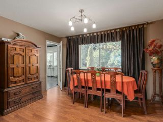 Photo 5: 19566 PARK ROAD in Pitt Meadows: Mid Meadows House for sale : MLS®# R2047749