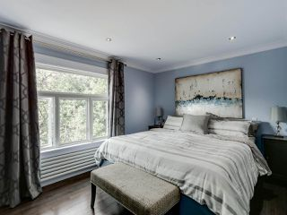 Photo 8: 955 E 10TH AVENUE in Vancouver: Mount Pleasant VE House for sale (Vancouver East)  : MLS®# R2074538