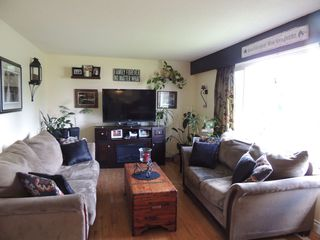 Photo 2: 46396 N Strathcona Street in : Fairfield Island House for sale (Chilliwack)  : MLS®# R2088756