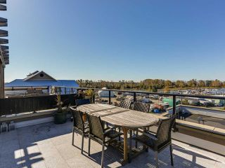 Photo 17: 308 6077 LONDON ROAD in Richmond: Steveston South Condo for sale : MLS®# R2144444
