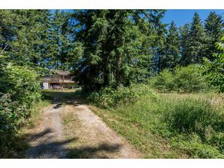 Photo 2: 25485 48 AVENUE in Langley: Salmon River House for sale : MLS®# R2185591