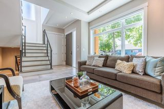 Photo 3: 3449 E 28TH AVENUE in Vancouver: Renfrew Heights House for sale (Vancouver East)  : MLS®# R2268902