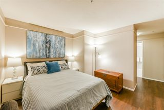 """Photo 10: 310 6 RENAISSANCE Square in New Westminster: Quay Condo for sale in """"The Rialto"""" : MLS®# R2395447"""