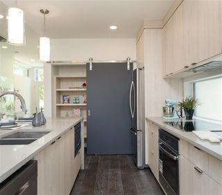 Photo 3: 10626 127 Street in Edmonton: Zone 07 House for sale : MLS®# E4168944