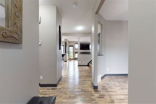 Photo 2: 1421 CAREY Way in Edmonton: Zone 55 House for sale : MLS®# E4172055