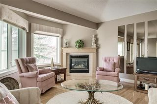 Photo 12: 123 Patina Court SW in Calgary: Patterson Row/Townhouse for sale : MLS®# C4278744
