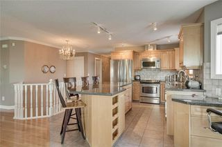 Photo 4: 123 Patina Court SW in Calgary: Patterson Row/Townhouse for sale : MLS®# C4278744