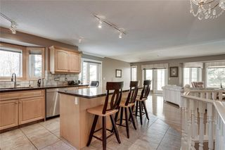Photo 3: 123 Patina Court SW in Calgary: Patterson Row/Townhouse for sale : MLS®# C4278744