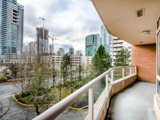 Photo 16: 404 4657 HAZEL Street in Burnaby: Forest Glen BS Condo for sale (Burnaby South)  : MLS®# R2432175
