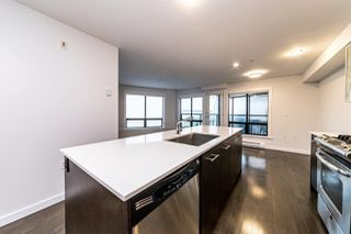 "Photo 7: 207 935 W 16TH Street in North Vancouver: Mosquito Creek Condo for sale in ""Gateway"" : MLS®# R2440325"