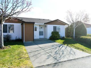 Photo 2: 5 2197 Murrelet Dr in COMOX: CV Comox (Town of) Row/Townhouse for sale (Comox Valley)  : MLS®# 837151