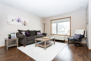 Photo 2: 111 Brotman Bay in Winnipeg: River Park South House for sale (2F)  : MLS®# 1904456