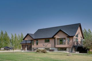 Photo 2: 47 Northglen Place in Rural Rocky View County: Rural Rocky View MD Detached for sale : MLS®# A1038726
