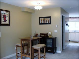 "Photo 2: 32 1561 BOOTH Avenue in Coquitlam: Maillardville Townhouse for sale in ""THE COURCELLES"" : MLS®# V942779"