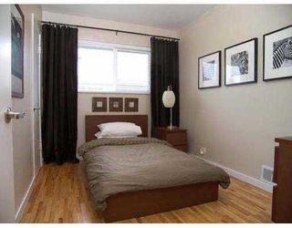 Photo 3: 7019 BURFORD ST in Burnaby: Upper Deer Lake House for sale (Burnaby South)  : MLS®# V585360