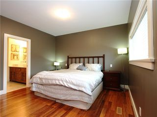 Photo 6: 3587 GLADSTONE Street in Vancouver: Grandview VE House for sale (Vancouver East)  : MLS®# V978158