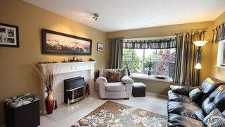 "Photo 4: 202 1467 BEST Street: White Rock Condo for sale in ""BAKERVIEW COURT"" (South Surrey White Rock)  : MLS®# F1313192"