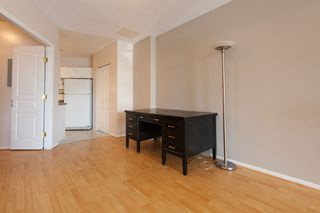 "Photo 5: 733 E 17TH Avenue in Vancouver: Fraser VE Townhouse for sale in ""Kingsgate Manor"" (Vancouver East)  : MLS®# V1026279"