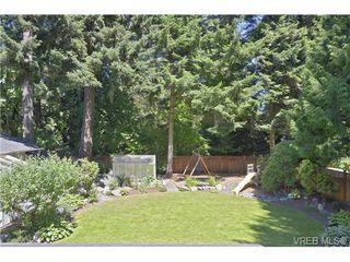 Photo 4: 760 Piedmont Drive in VICTORIA: SE Cordova Bay Single Family Detached for sale (Saanich East)  : MLS®# 339692