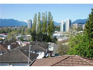 Photo 2: 5177 DOMINION ST in Burnaby: Central BN Condo for sale (Burnaby North)  : MLS®# V1117359