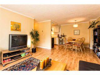 Photo 2: # 301 809 W 16TH ST in North Vancouver: Hamilton Condo for sale : MLS®# V1120495