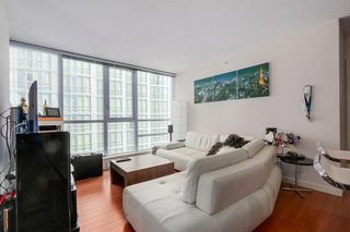 Photo 8: Vancouver West in Coal Harbour: Condo for sale : MLS®# R2068670