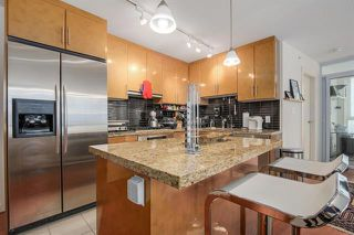 Photo 12: Vancouver West in Coal Harbour: Condo for sale : MLS®# R2068670