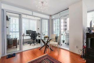 Photo 14: Vancouver West in Coal Harbour: Condo for sale : MLS®# R2068670