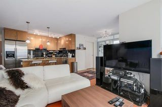 Photo 9: Vancouver West in Coal Harbour: Condo for sale : MLS®# R2068670