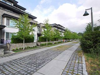 Photo 18: 102 7418 BYRNEPARK WALK in Burnaby: South Slope Condo for sale (Burnaby South)  : MLS®# R2072902