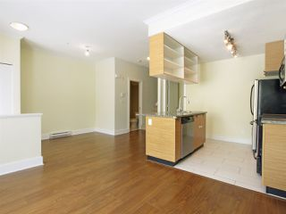 Photo 6: 102 7418 BYRNEPARK WALK in Burnaby: South Slope Condo for sale (Burnaby South)  : MLS®# R2072902
