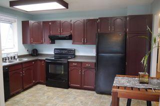 Photo 2: 225 Laurent Drive in Winnipeg: St Norbert Single Family Detached for sale (South Winnipeg)  : MLS®# 1615675