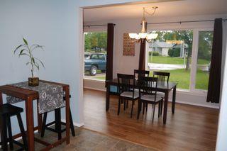 Photo 3: 225 Laurent Drive in Winnipeg: St Norbert Single Family Detached for sale (South Winnipeg)  : MLS®# 1615675