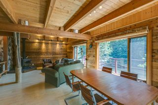 Photo 8: 1120 DOGHAVEN LANE in Squamish: Upper Squamish House for sale : MLS®# R2077411