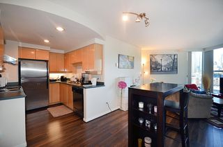 Photo 2: 1502 1009 EXPO BOULEVARD in Vancouver: Yaletown Condo for sale (Vancouver West)  : MLS®# R2135139