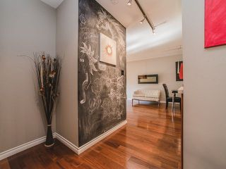 Photo 3: 202 2025 W 2ND AVENUE in Vancouver: Kitsilano Condo  (Vancouver West)  : MLS®# R2212885