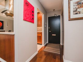Photo 2: 202 2025 W 2ND AVENUE in Vancouver: Kitsilano Condo  (Vancouver West)  : MLS®# R2212885