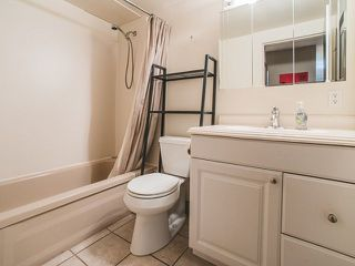 Photo 12: 202 2025 W 2ND AVENUE in Vancouver: Kitsilano Condo  (Vancouver West)  : MLS®# R2212885
