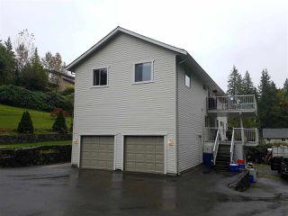 Photo 3: 12251 272 Street in Maple Ridge: Northeast House for sale : MLS®# R2411338