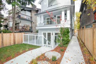 Photo 19: 1533 E 5TH Avenue in Vancouver: Grandview Woodland 1/2 Duplex for sale (Vancouver East)  : MLS®# R2439511