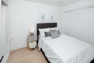 Photo 15: 1533 E 5TH Avenue in Vancouver: Grandview Woodland House 1/2 Duplex for sale (Vancouver East)  : MLS®# R2439511