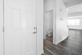 Photo 5: 176 Edgemont Road in Edmonton: Zone 57 House for sale : MLS®# E4195678